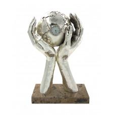 """Скульптура """"Мир в твоих руках"""" серебро"""