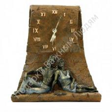 "Скульптура - часы ""Горизонт"""