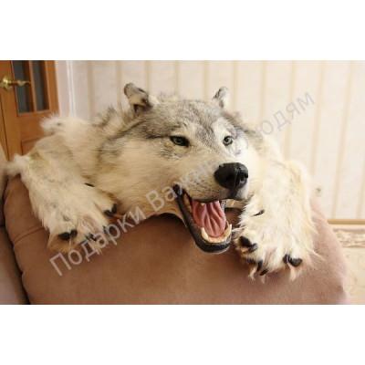 Ковер из шкуры белого Канадского волка